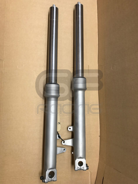 VFR400 NC30 Reconditioned Early Non Cartridge Forks
