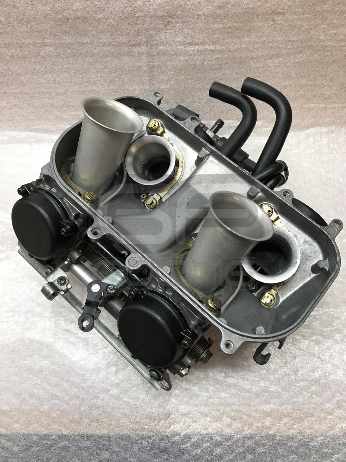 RVF400 NC35 Carburettors